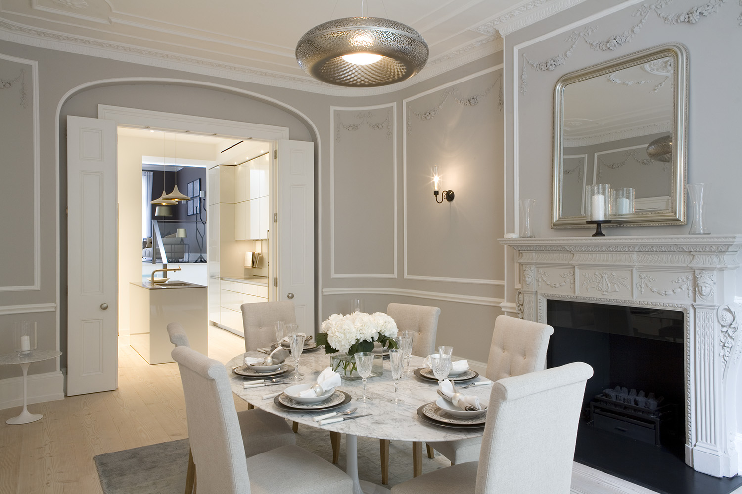 Modern dinning room 25 diverse dining rooms with sliding for Interior design box