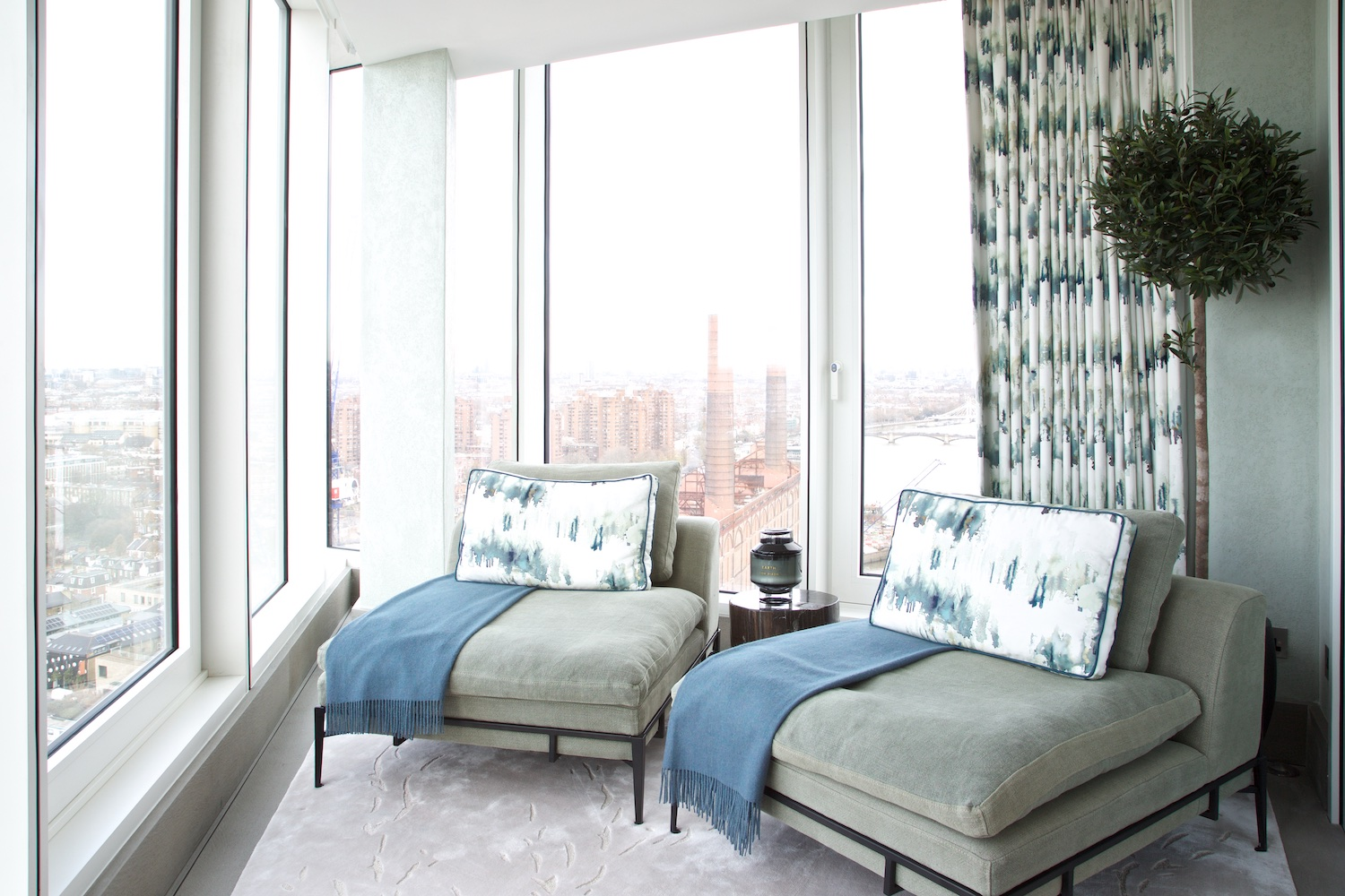 Design Box London - Interior Design - Chelsea Creek penthouse, SW6 - Chairs