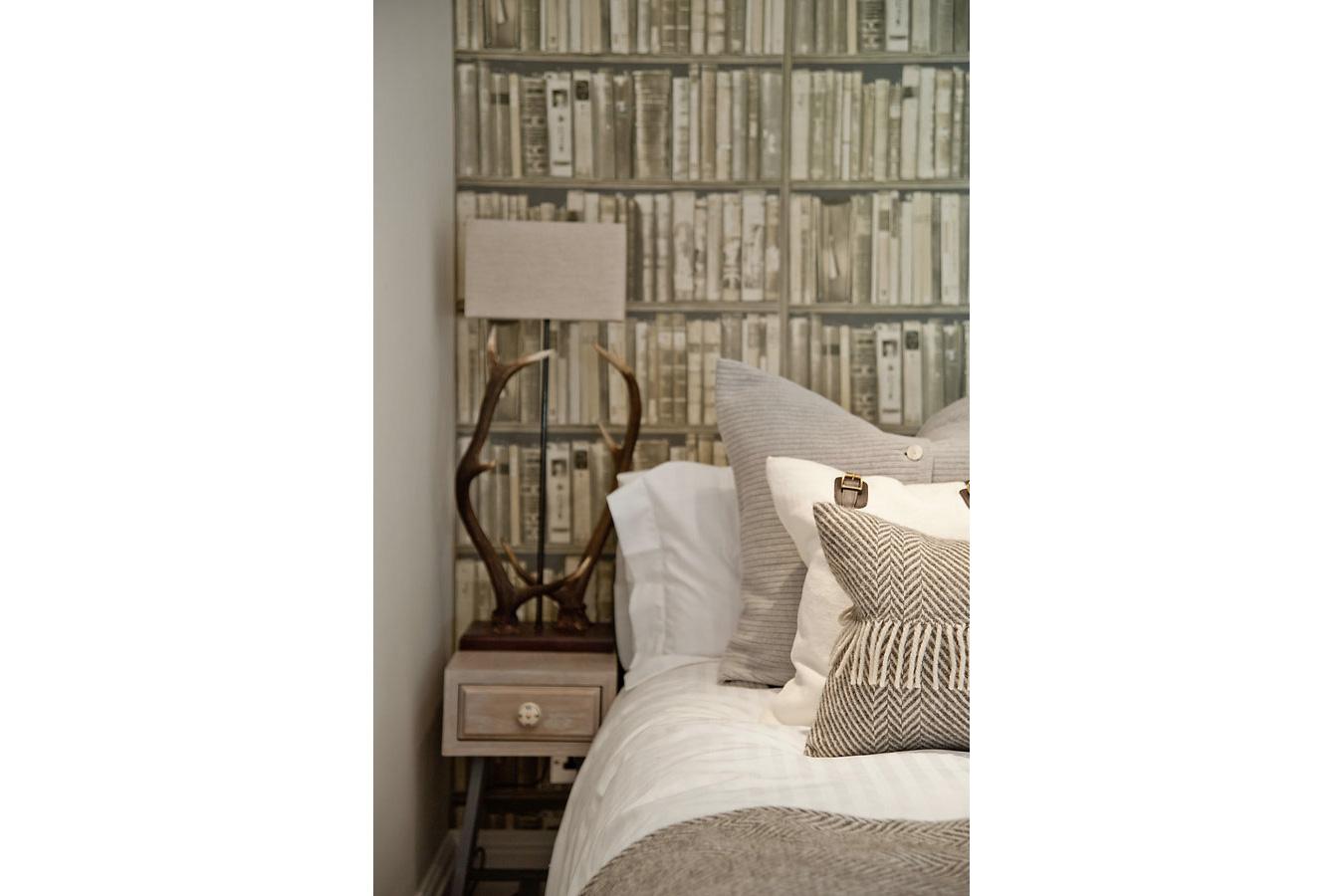 Design Box London - Interior Design - Chelsea Studio, SW3 - Bedroom